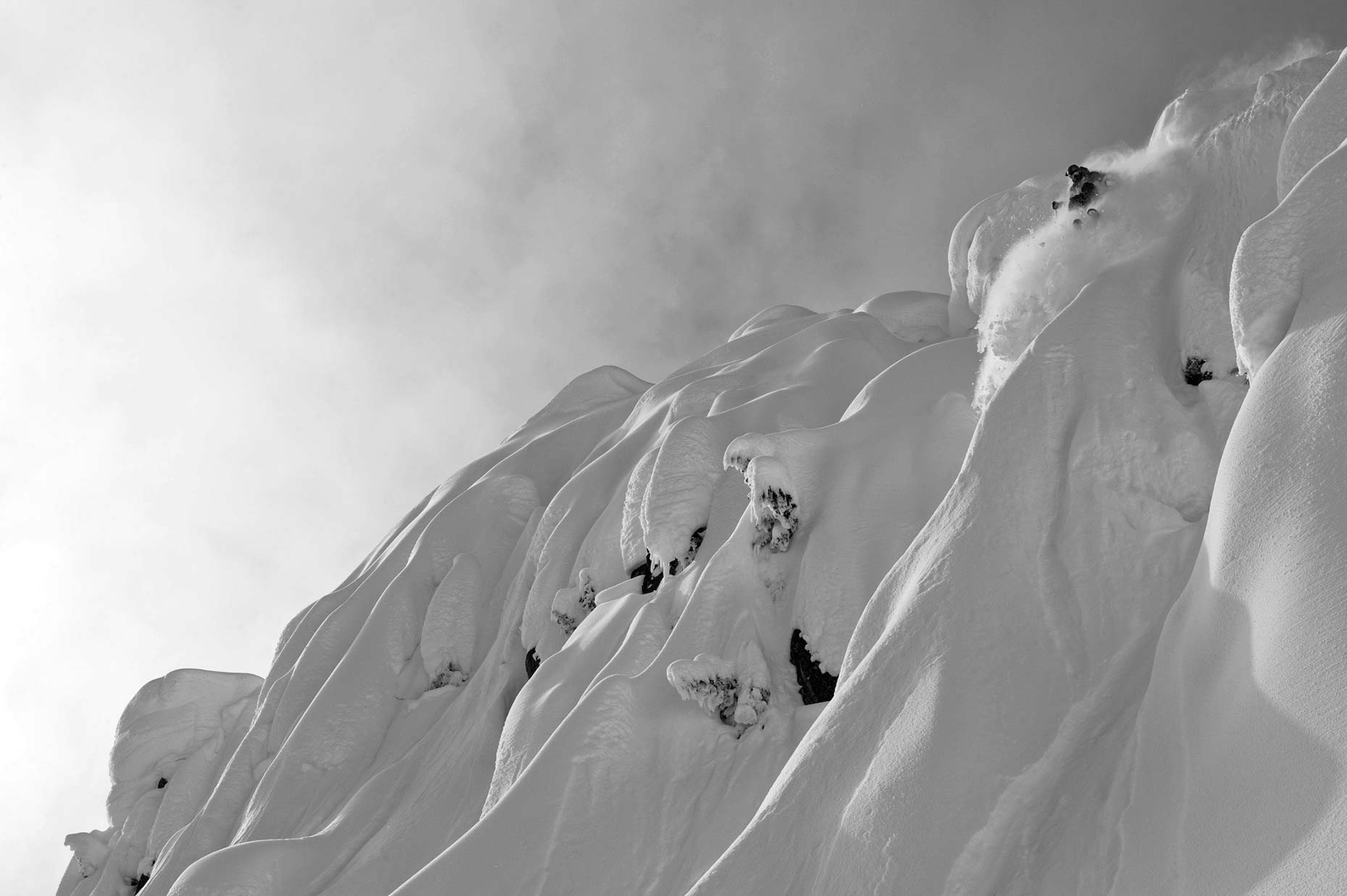 Ian-Coble-Skiing-Washington-Backcountry_Powder-Magazine