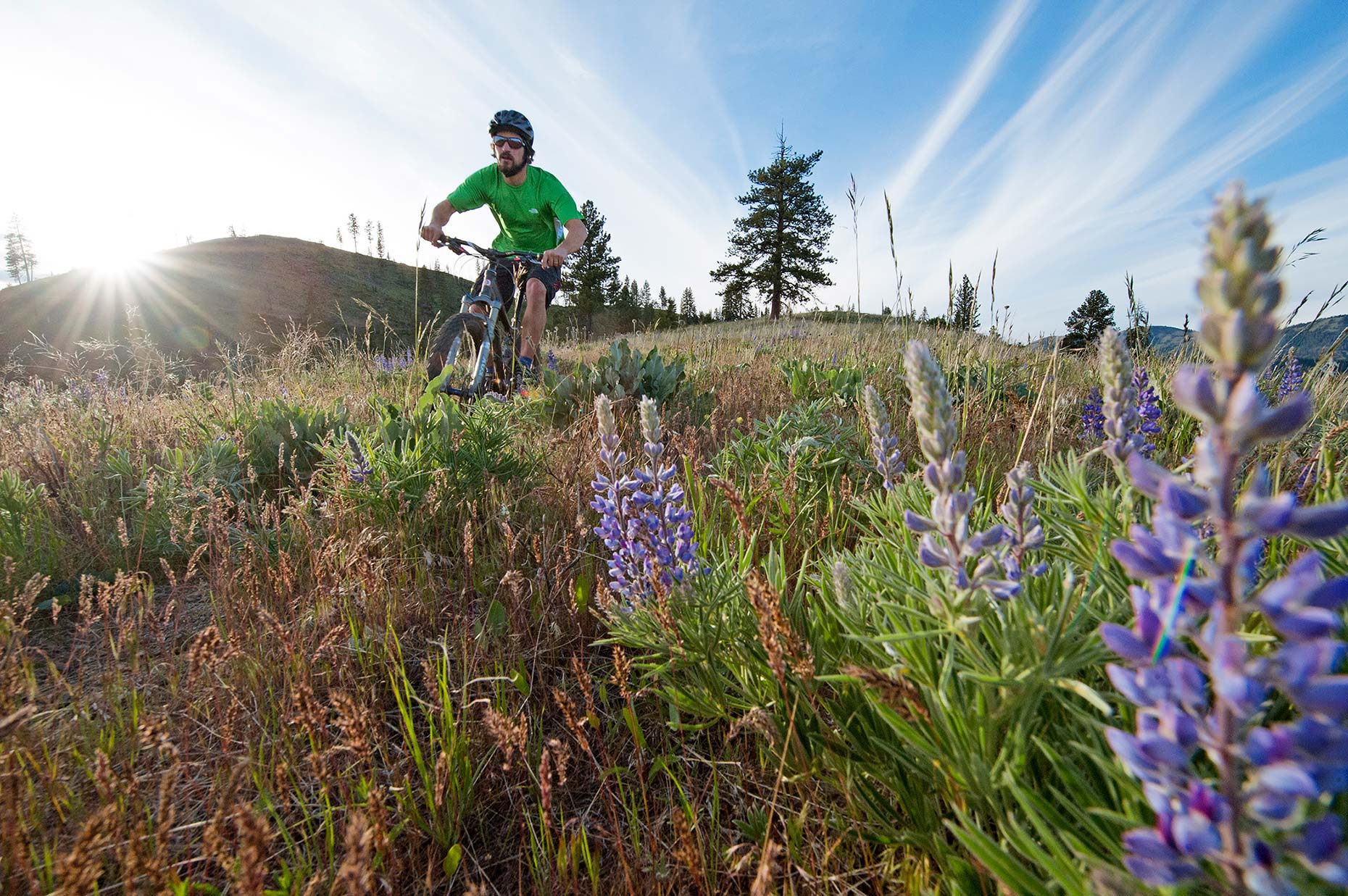 Ian-Coble-Mountain-Biking-Eastern-Washington-REI