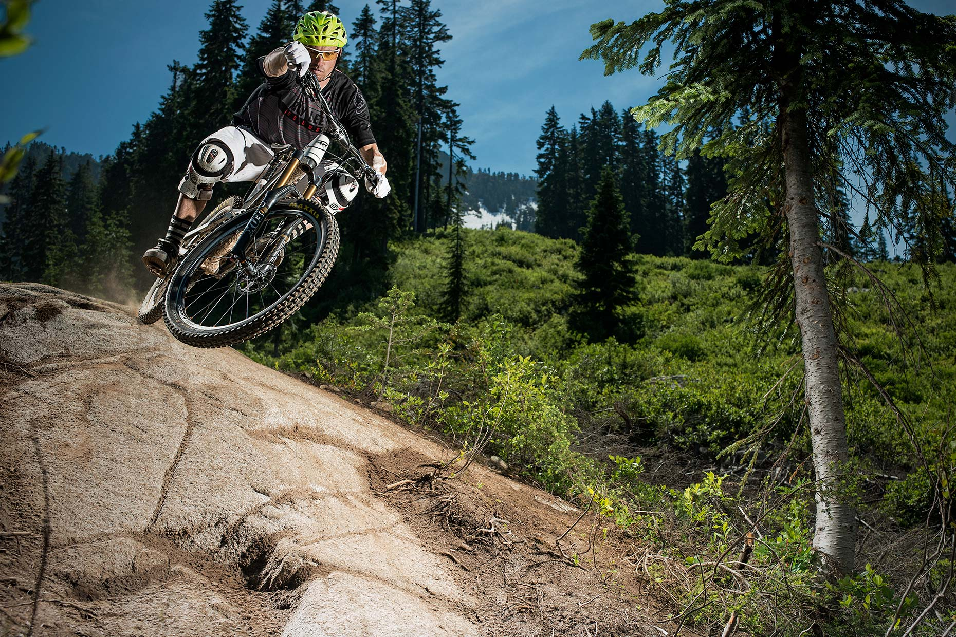 Ian-Coble-Mountain-Bike-Stevens-Pass-Strobe