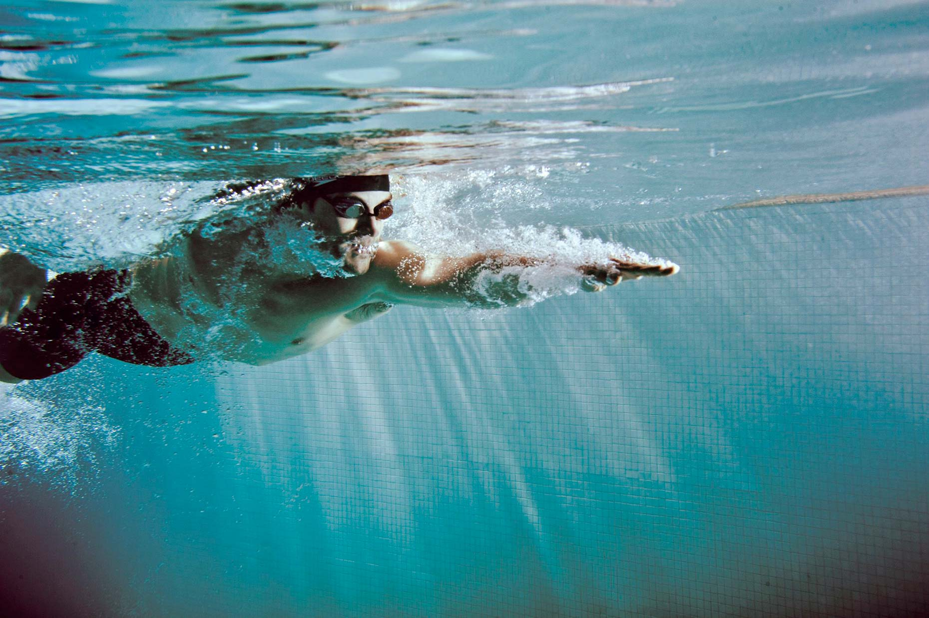 IanCoble_Swimming_Underwater_1
