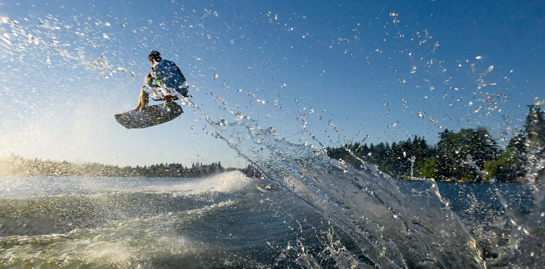 Ian-Coble-Wakeboard-Underwater